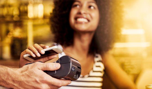 Laat uw klanten via EMS eenvoudig contactloos betalen